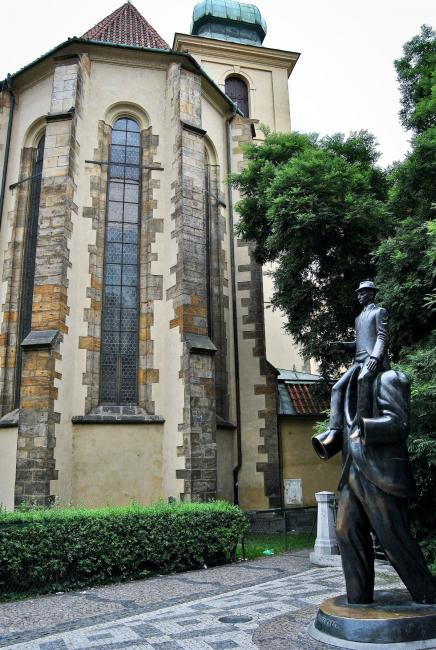 Franz Kafka Statue in front of the Church of the Holy Spirit